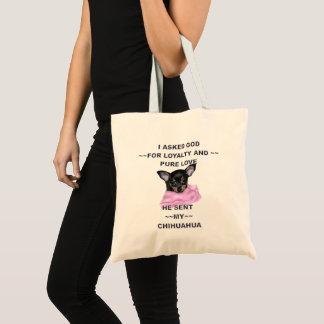 黒およびタンのチワワの子犬 トートバッグ