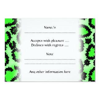 黒およびライムグリーンのヒョウのプリントパターン カード