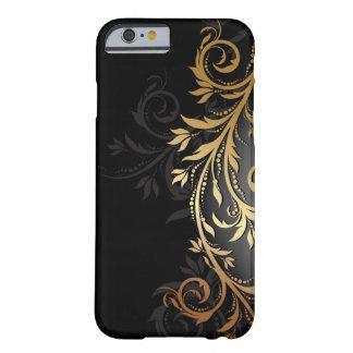 黒および金ゴールドの花柄のつる植物 BARELY THERE iPhone 6 ケース