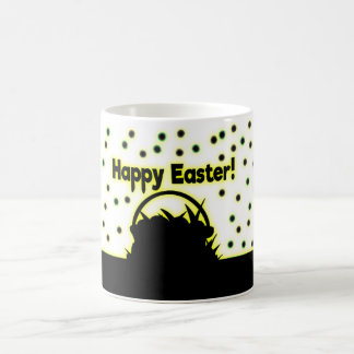 黒および黄色のハッピーイースター コーヒーマグカップ