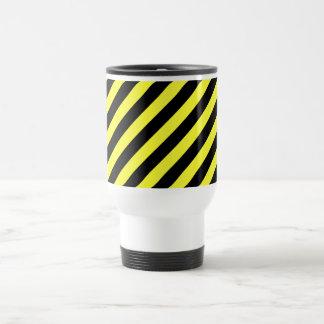 黒および黄色を縞で飾ります トラベルマグ