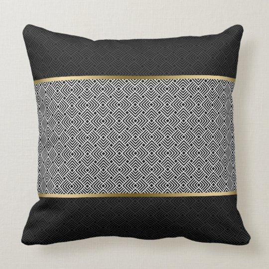 黒くモダンで幾何学的なパターンの白 クッション