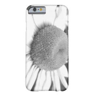 黒く及び白いデイジーの例 BARELY THERE iPhone 6 ケース