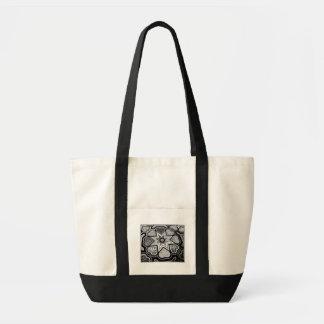 黒く及び白いハートのキャンバスのポケットトートバック トートバッグ