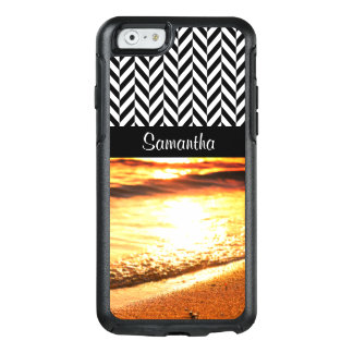黒く及び白いヘリンボン-日没のビーチの波- オッターボックスiPhone 6/6Sケース