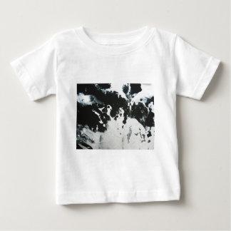 黒く及び白い大理石の抽象芸術の絵のデザイン ベビーTシャツ