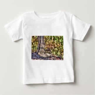 黒く及び赤いフィンチ田園クイーンズランドオーストラリア ベビーTシャツ