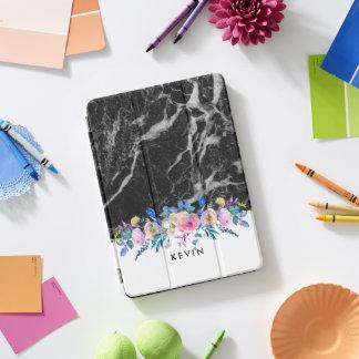黒く模造のな大理石のカラフルの花の花束 iPad PROカバー