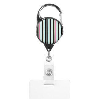 黒く青く白いピンクの縦ストライプパターン IDカードホルダー