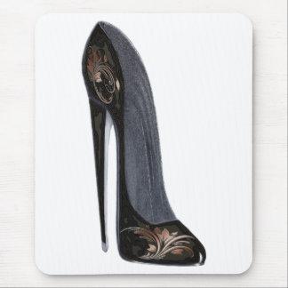 黒く、銅の小剣の靴の芸術のギフト マウスパッド