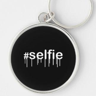 黒で熱狂するHashtag Selfie キーホルダー
