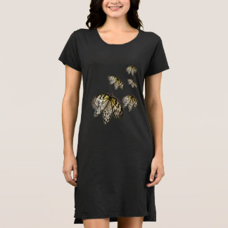 黒によってひもで締められる蝶 ドレス
