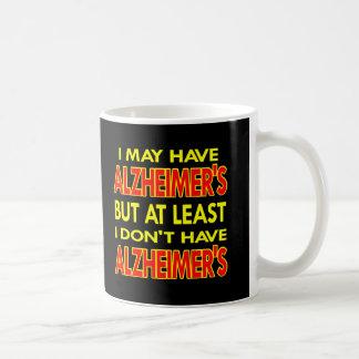 黒にAlzheimersがあるかもしれません コーヒーマグカップ