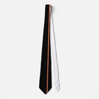 黒のオフセットの権利の珊瑚の薄い垂直線 オリジナルネクタイ