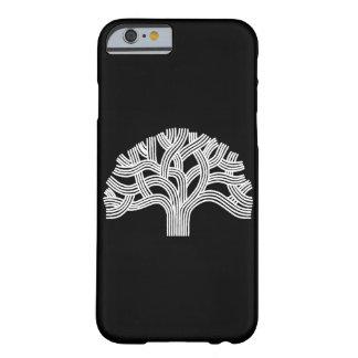 黒のオークランドのホワイトオークの木 BARELY THERE iPhone 6 ケース