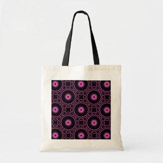 黒のガーリーなショッキングピンクの花 トートバッグ