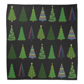 黒のクリスマスツリーの森林 バンダナ