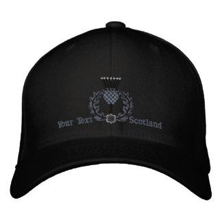 黒の名前入りなスコットランドのアザミスコットランド 刺繍入りキャップ