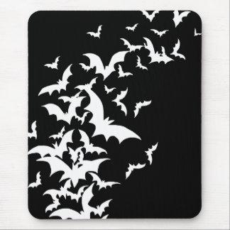 黒の白いこうもり マウスパッド