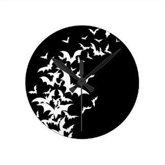 黒の白いこうもり ラウンド壁時計