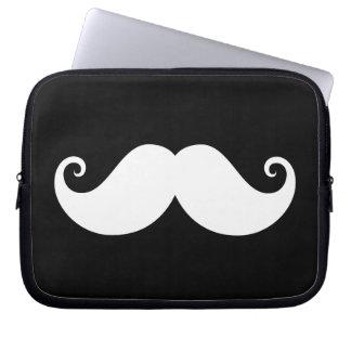 黒の白い紳士のハンドルバーの髭 ラップトップスリーブ