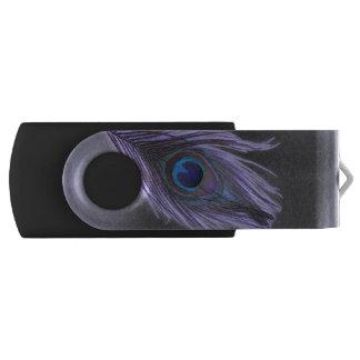 黒の紫色の孔雀の羽 USBフラッシュドライブ