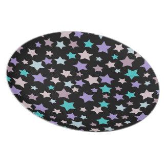 黒の紫色の青く、ピンクの星パターン プレート