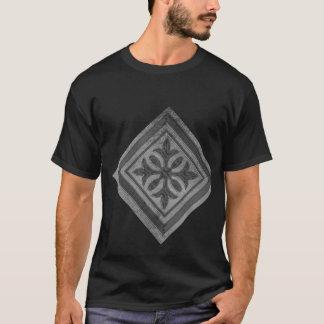 黒の美しい銀製のグラフィック Tシャツ