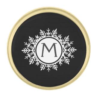 黒の華美で白い雪片のモノグラム ゴールド ラペルピン