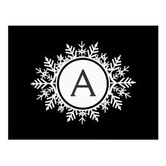 黒の華美で白い雪片のモノグラム ポストカード