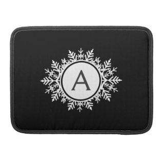 黒の華美で白い雪片のモノグラム MacBook PROスリーブ