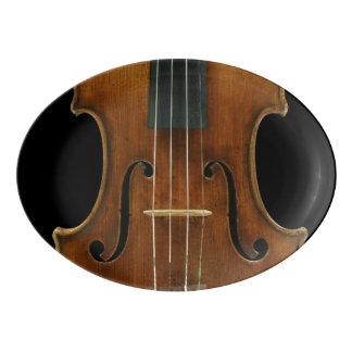 黒のStradivariのバイオリンの詳細 磁器大皿