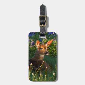 黒尾シカの子鹿、高山の野生の花 ラゲッジタグ