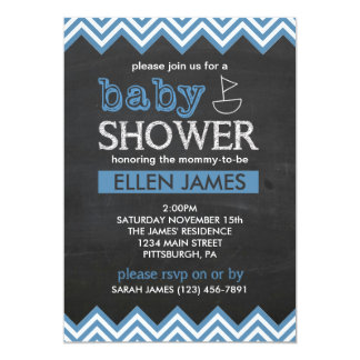 黒板のシェブロンの男の子のベビーシャワーの招待状 カード