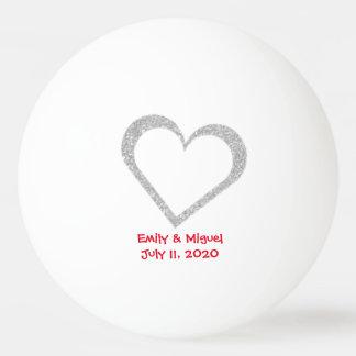 黒板のハートの結婚式の引き出物のピンポン球 卓球 球