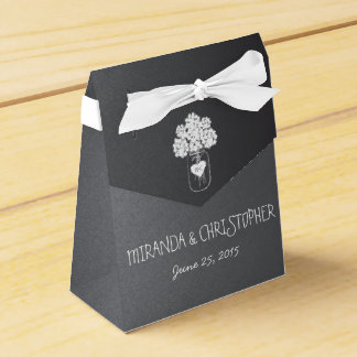 黒板のメーソンジャーの花の名前入りな好意箱 フェイバーボックス