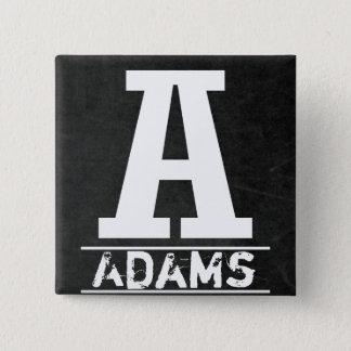 黒板のモノグラムの手紙 5.1CM 正方形バッジ