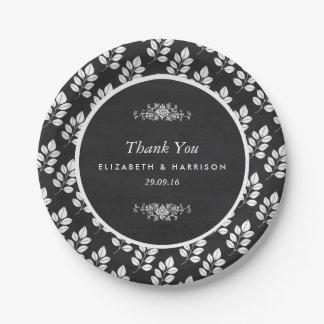 黒板の花葉の結婚式 ペーパープレート