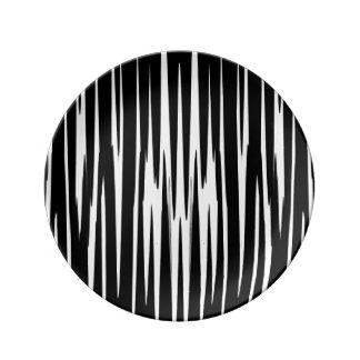 黒檀及びアイボリー(シマウマのストライプな抽象美術)の~ 磁器プレート