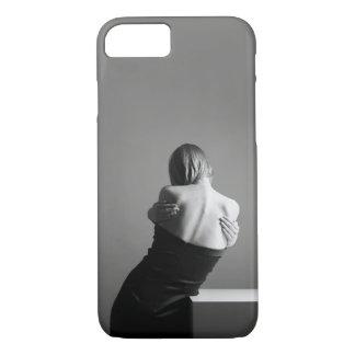 黒灰色の女性の彫像 iPhone 8/7ケース