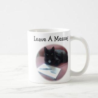 黒猫の許可メッセージ ベーシックホワイトマグカップ