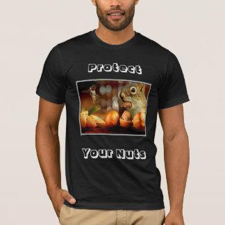 齧歯動物か人はあなたのナットを保護します Tシャツ