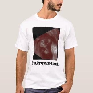 00004、覆される Tシャツ