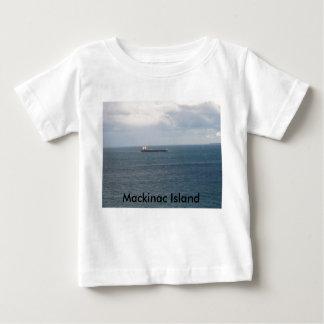 063のMackinacの島 ベビーTシャツ