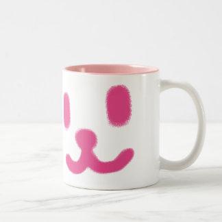1つのにこやかなピンク ツートーンマグカップ