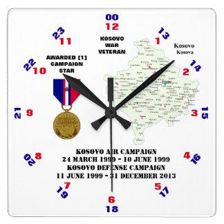 1人のキャンペーン星のコソボ紛争の退役軍人 スクエア壁時計