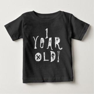 1個の歳の誕生日の古くかわいいベビーのスカルの石 ベビーTシャツ
