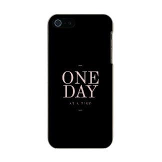 1日-やる気を起こさせるな引用文の黒のピンクのゴール メタリックiPhone SE/5/5sケース