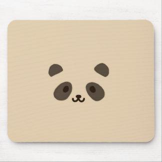 1頭のかわいいパンダ マウスパッド