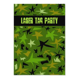 10代のな男の子の誕生日の迷彩柄の星のパーティー カード